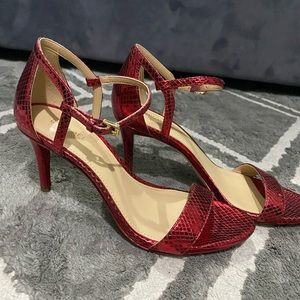 Gorgeous Michael Kors Red heels